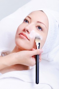 Peeling à Lyon - Peeling visage & corps: moyen profond tca superficiel